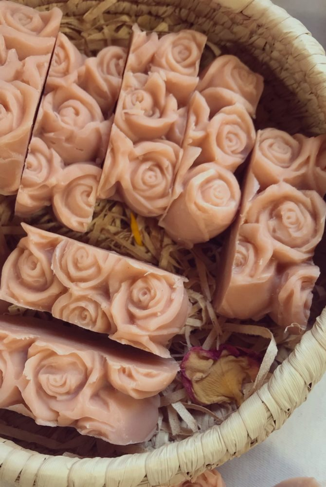 MINI ROSEHIP AND SHEA BUTTER SOAP BAR