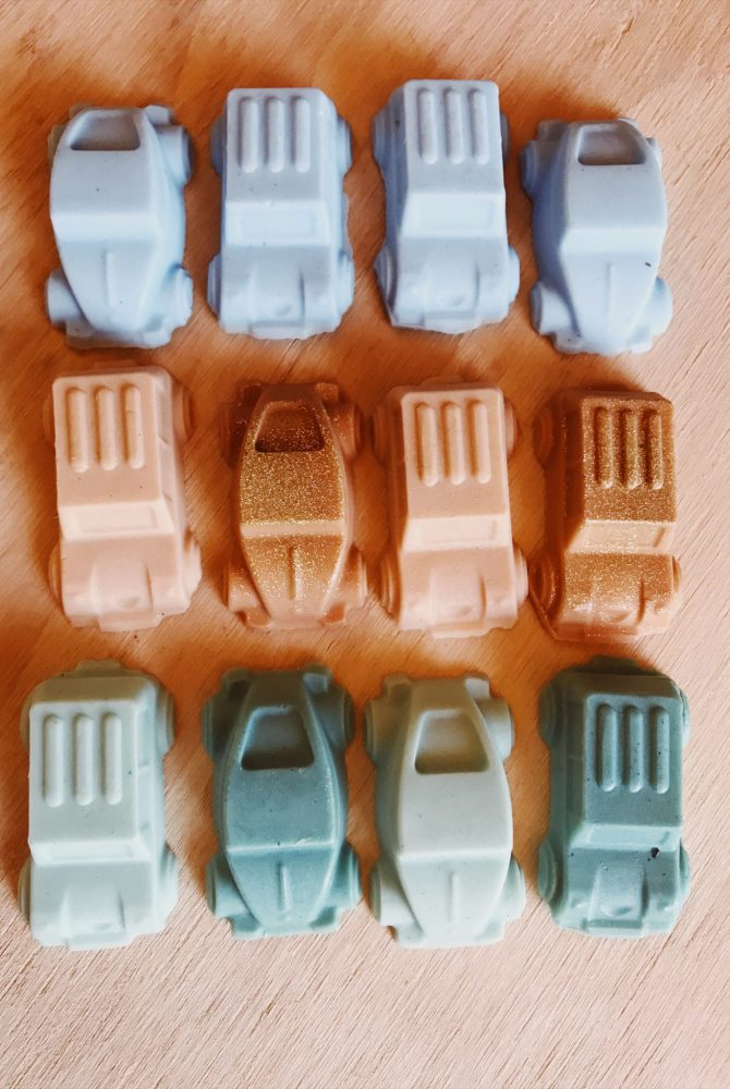 MAC'S MINI CAR SOAPS